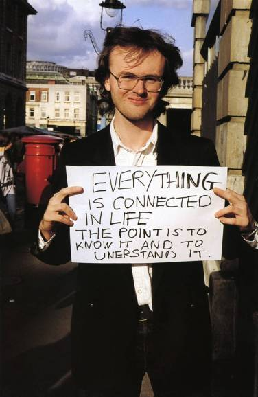 maureen-paley-gillian-wearing-artwork-signs-that-say-what-you-want-them-to-say-1992-3-2