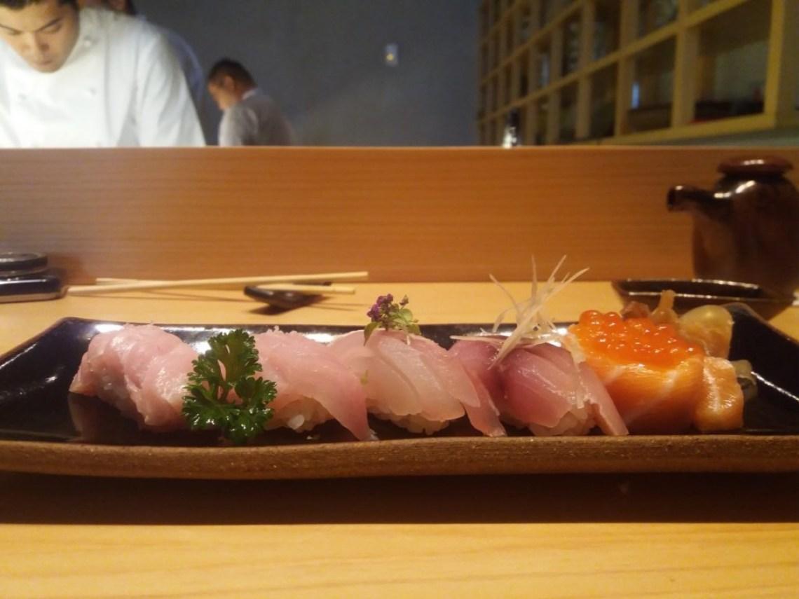 sushis-barriga-atum-salmao-ovas-salmao
