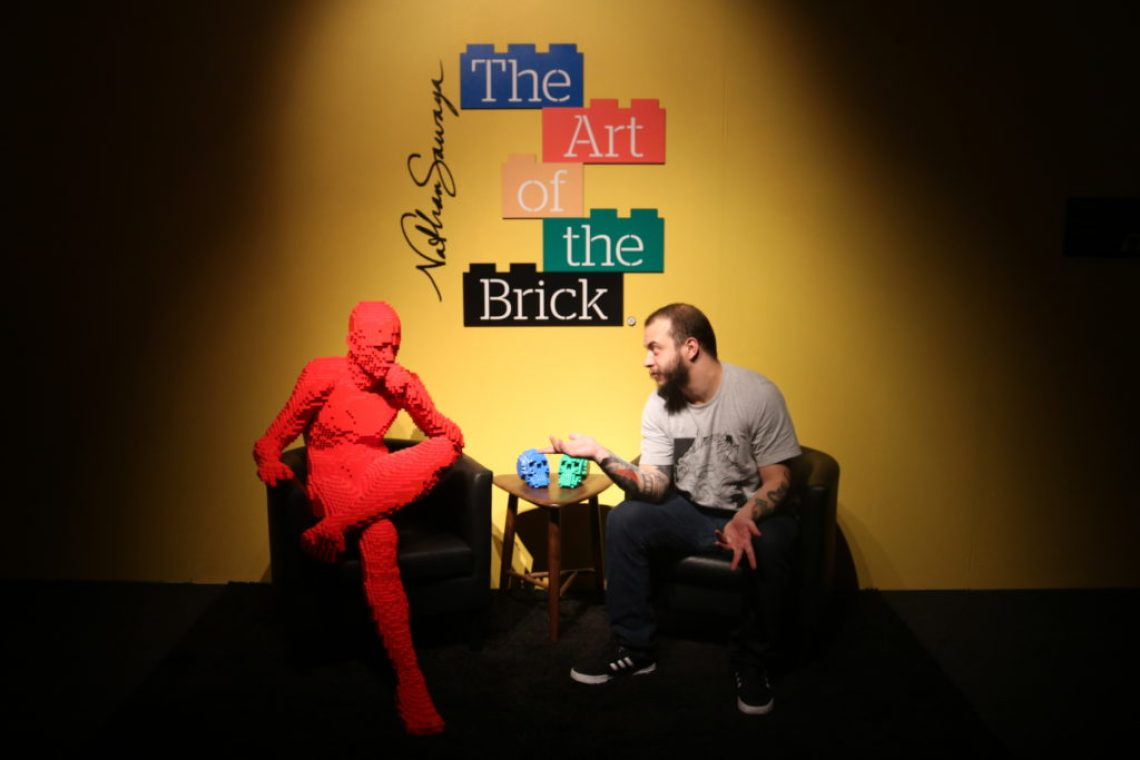 Felipe Pierini Coppolaro em Art Of The Brick Foto: ExperiMenteSP