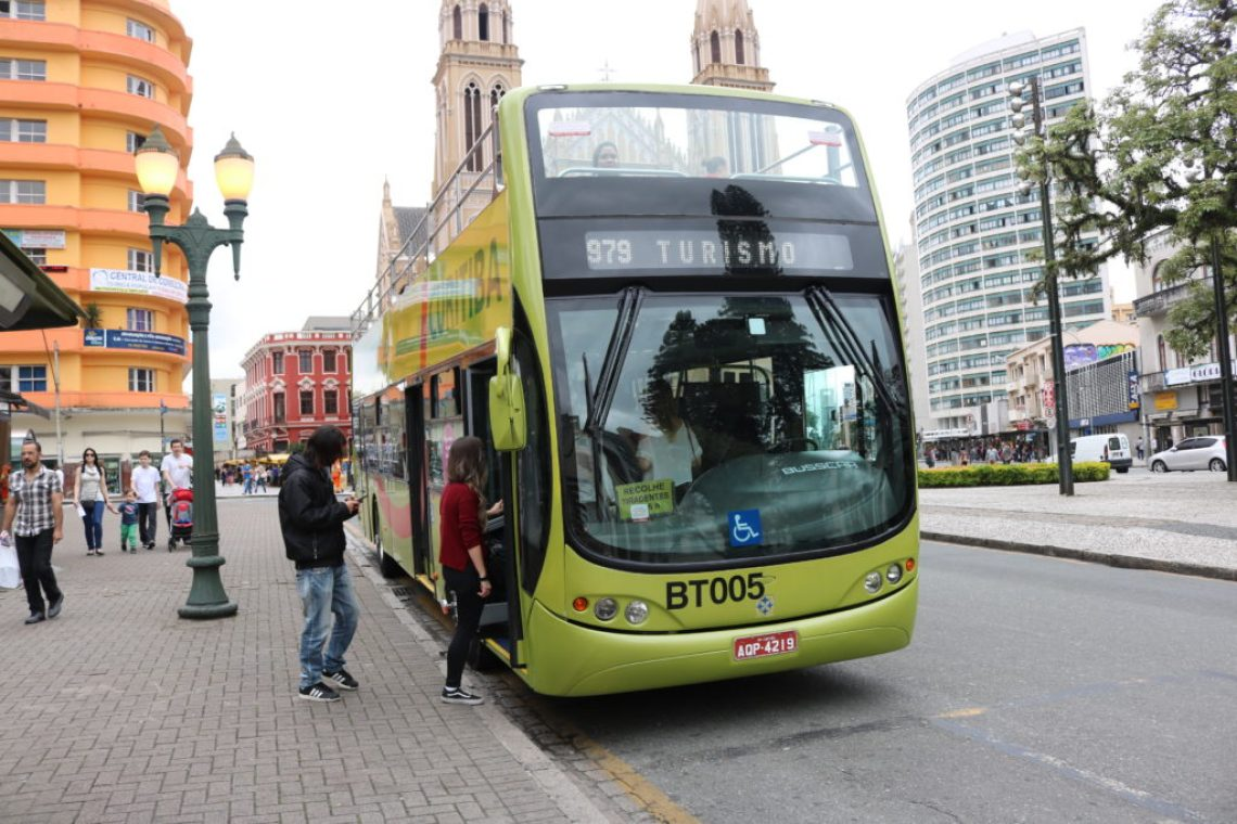Ônibus Turístico de Curitiba - Foto: ExperiMenteSP