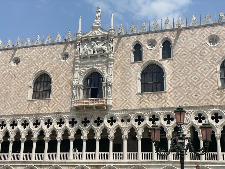 Doge's Palace, facade