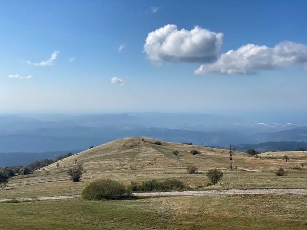 clouds, mountaintop, Slavnik