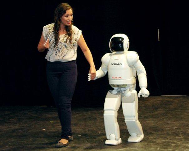 Honda ASIMO - человекоподобный робот