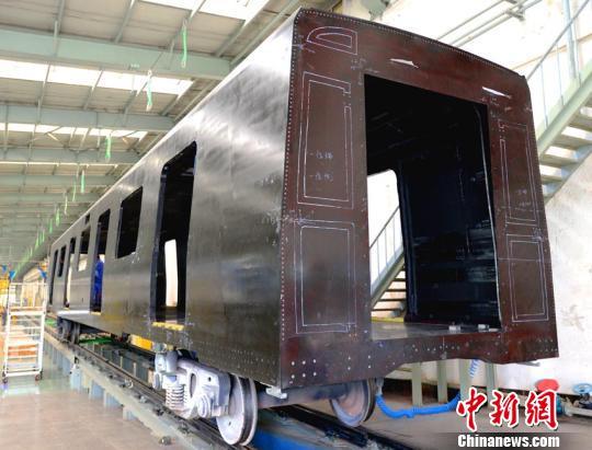 вагоны метро углерод