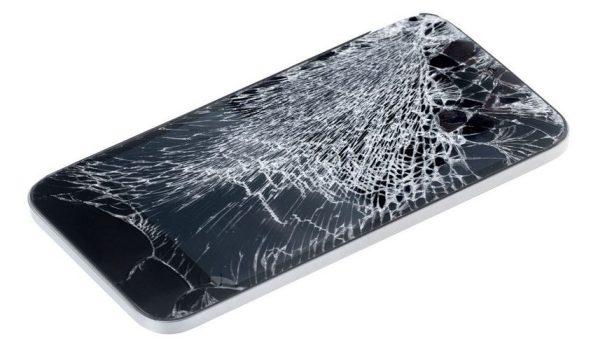 разбитый смартфон