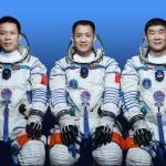 Китай представил экипаж для строительства космической станции
