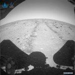 Китайский марсоход Zhurong передал новые фото и видео
