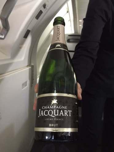 Qantas-champagne-round-world-trip