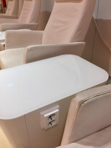 Finnair-Premium-Lounge-seats-with-power2-round-world-trip