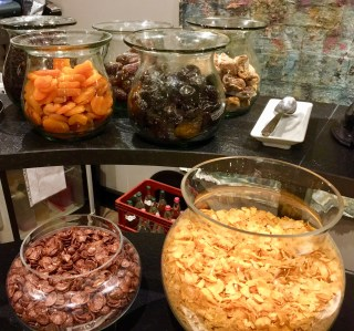 Juliana-Hotel-Paris-breakfast-cereals-fruit-round-world-trip