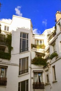 Juliana-Hotel-Paris-courtyard-view-round-world-trip