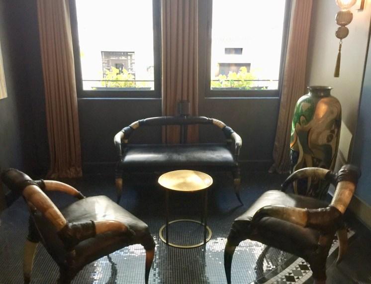 Juliana-Hotel-Paris-sitting-room-round-world-trip