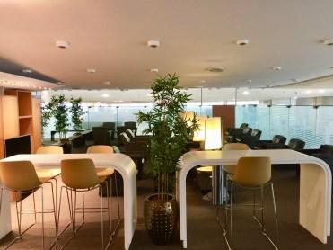 Sheltair-Lounge-ParisCDG-lounge-view2-round-world-trip