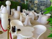 9Gloria-Hotel-Dubai-pool-deck-seating