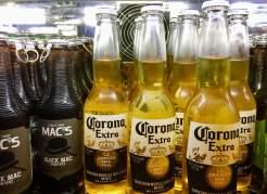 Air-New-Zealand-Lounge-Brisbane-beer-Corona-Black-Mac