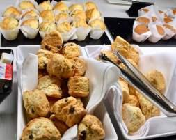 Air-New-Zealand-Lounge-Brisbane-food-scones-muffins