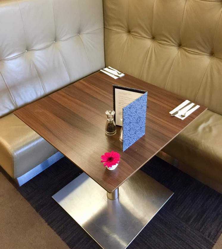 BA-First-Lounge-Heathrow-dining-room-booths