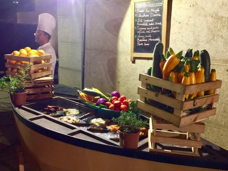 Hyatt-Regency-Hotel-Mumbai-backyard-bbq-non-vegetarian