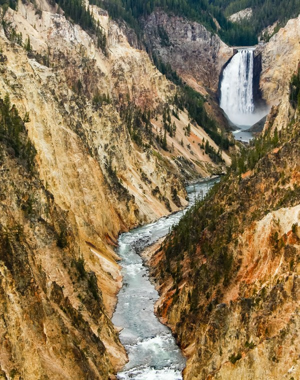 Grand Canyon of Yellowstone National Park, WY. October 2015.