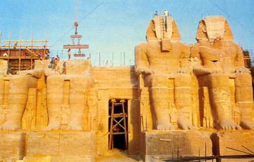The relocation and reassembling of Abu Simbel, Egypt (Photo: Unesco, 1982).