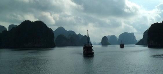 Halong Bay, Vietnam (Photo: Jan Haenraets, 2011).