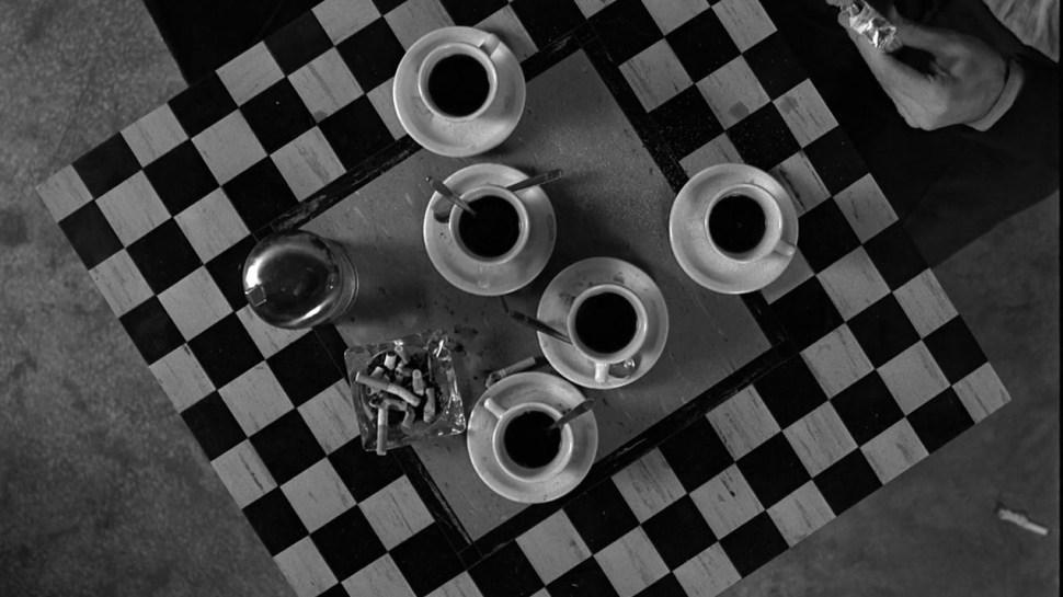 Coffee And Cigarettes (2)