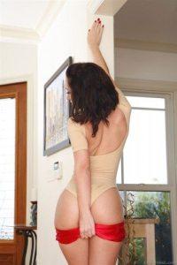 jada-stevens-takes-off-her-hot-pants-for-backdoor-action-6