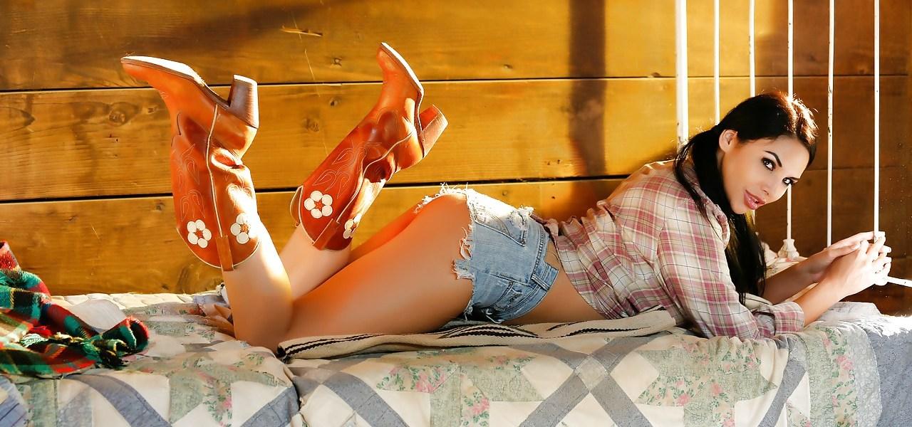 Explicit Readers Chioce Showcase Missy Martinez
