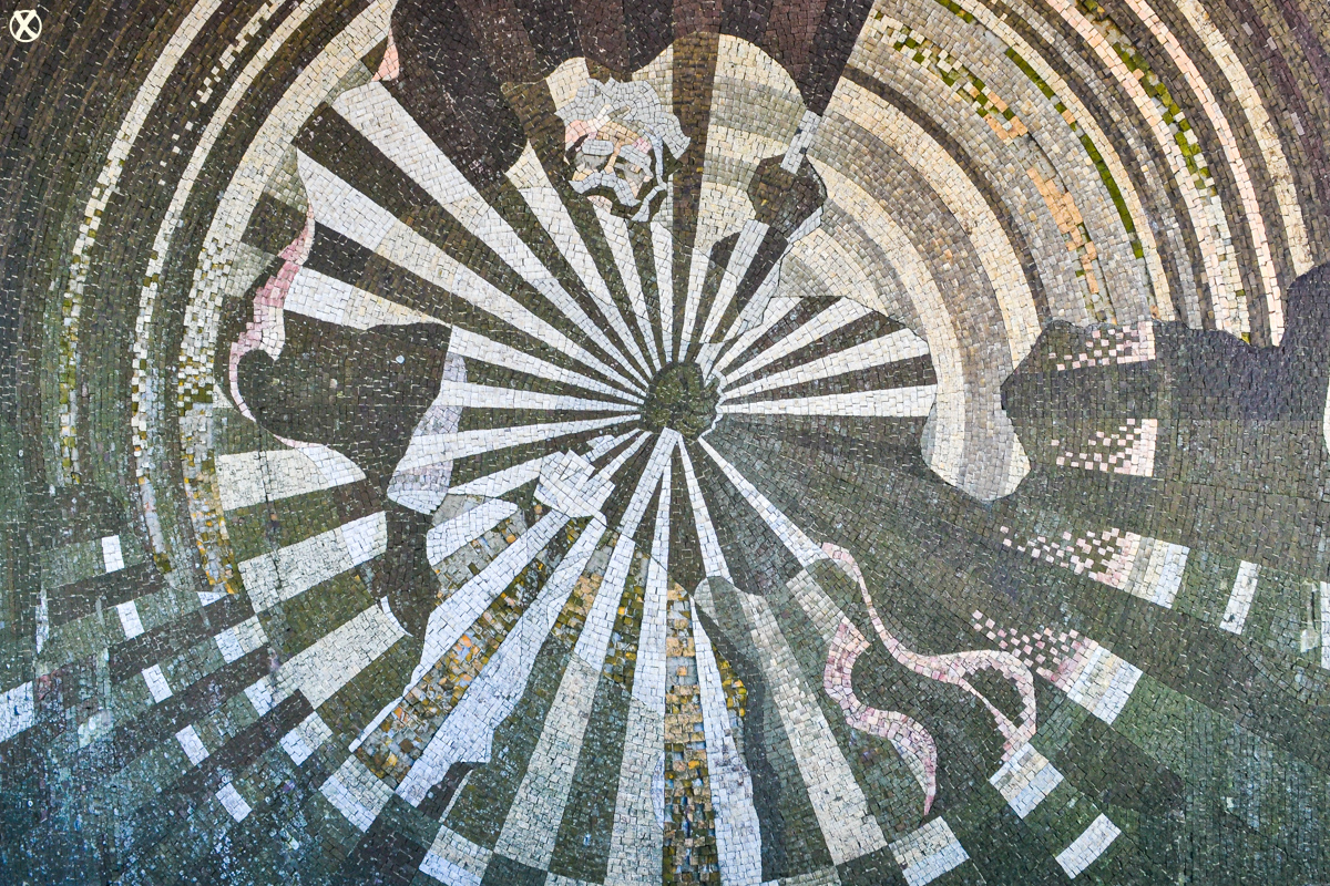 Mosaics on the exterior walls of the assembly hall were made out of stones from the rivers of Bulgaria