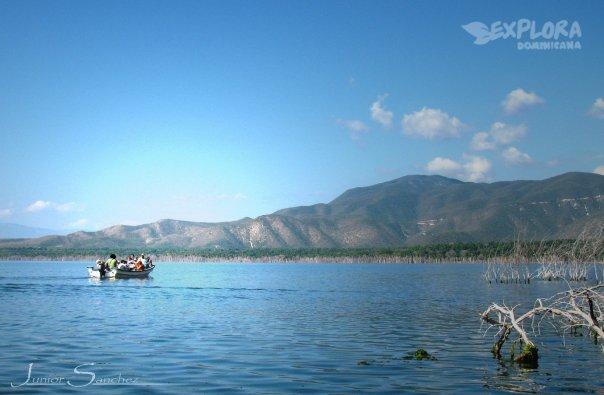 lagoenriquillo.jpg (604×395)