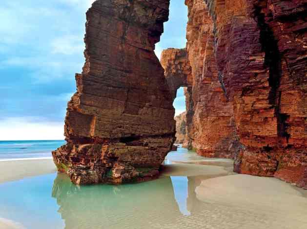 playa-de-las-catedrales-spain-cr-alamy
