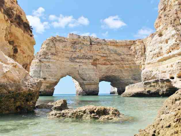 praia-da-marinha-portugal-cr-getty