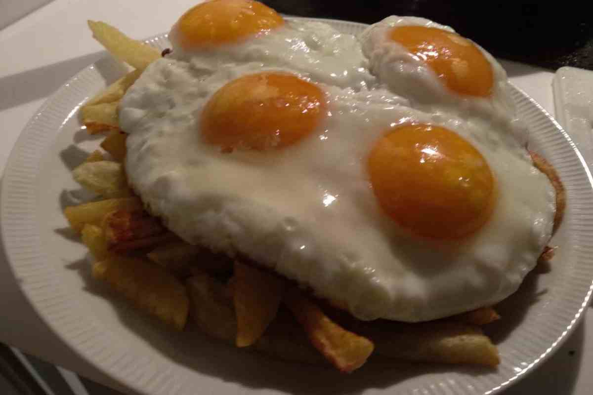 receita de huevos rotos