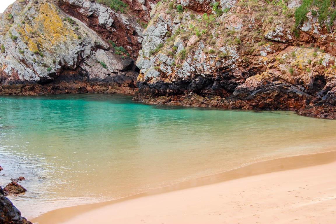 Praia do Carreiro do Mosteiro, na ilha da Berlenga