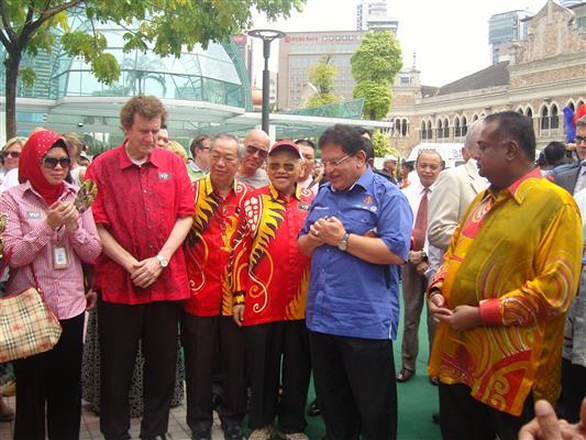 YB Datuk Seri Utama Tengku Adnan B Tengku Mansor