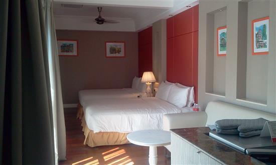 ruang bilik tidur yang luas