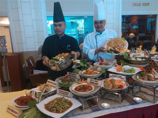 Chef AlHafiz dan Chef Shumizan