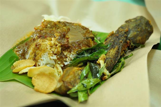 nasi lauk ikan keli