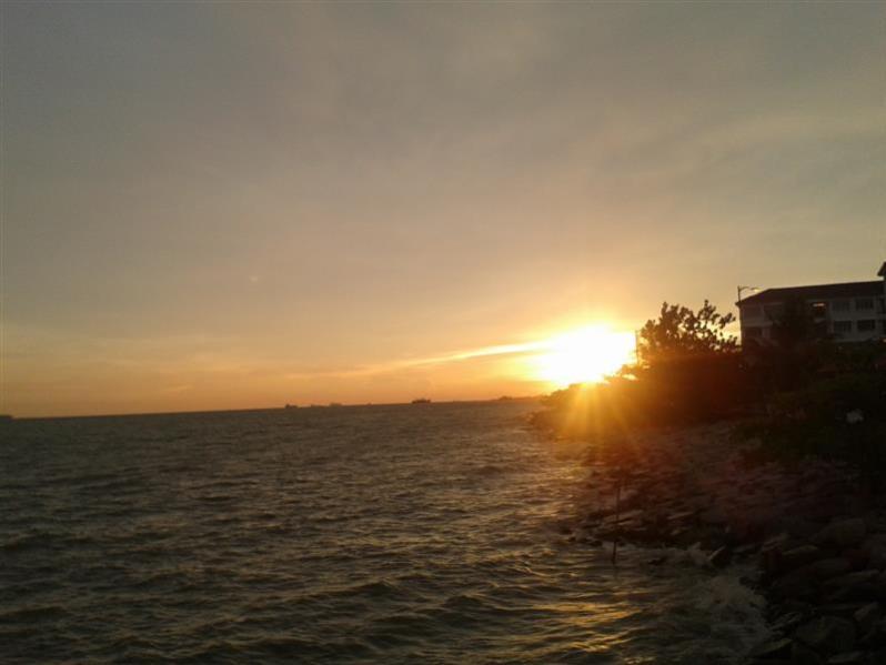 matahari terbenam 1