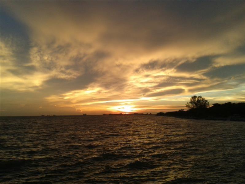 matahari terbenam 3