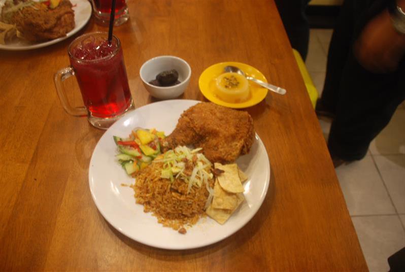 set ramadhan nasi lemak ayam goreng