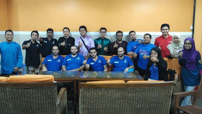 Bloggers bersama pemilik dan staf Restoran Papero Seksyen 13 Shah Alam