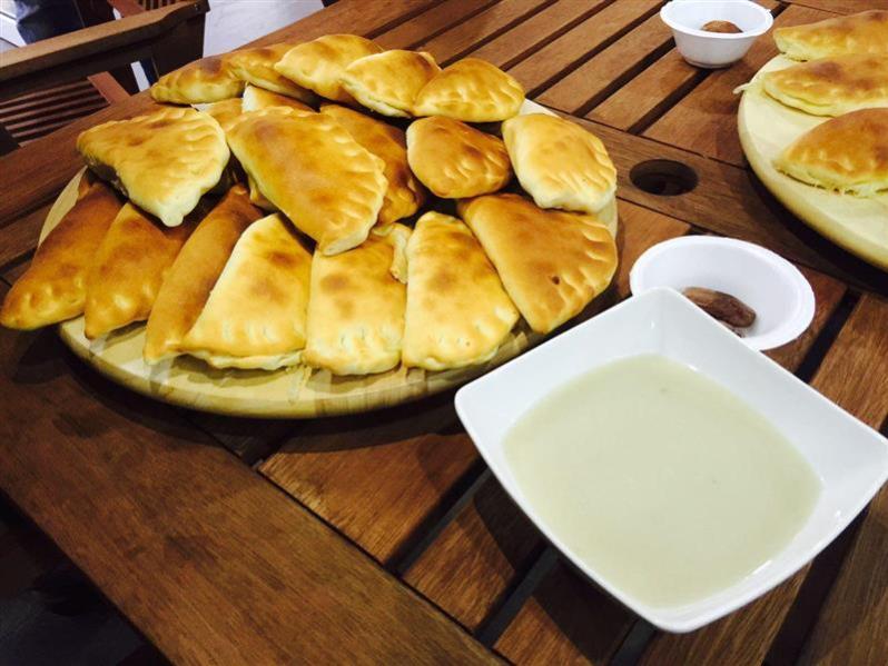 Roti Fatayer dimakan dengan Sup