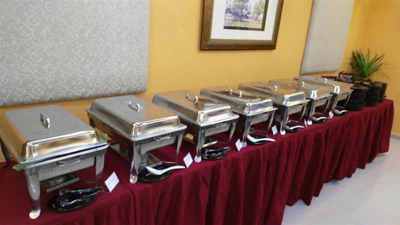 pelanggan boleh pilih untuk jamuan berbentuk buffet atau hidang
