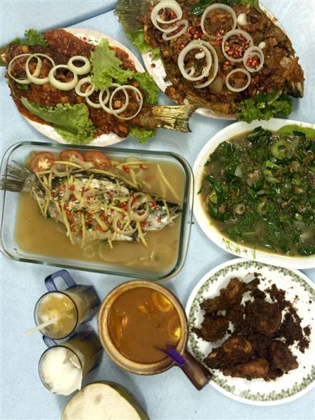 antara menu masakan panas ala Thai yang kami nikmati