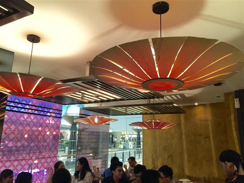 restoran-bumbu-desa-klcc-hiasan-dalaman