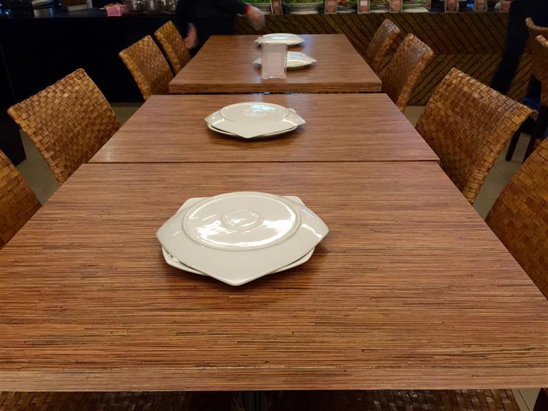 restoran-bumbu-desa-klcc-meja