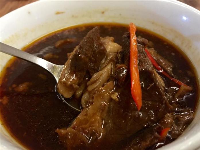 restoran-bumbu-desa-klcc-sup-kambing-hitam