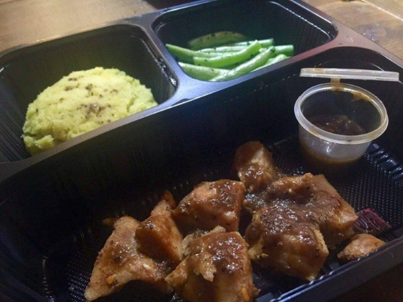 Mashed Japanese Sweet Potato, Grilled Chicken With Black Pepper Sauce & Green Beans