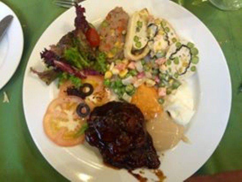 promosi-har-merdeka-grand bluewave-hotel-lunch-2